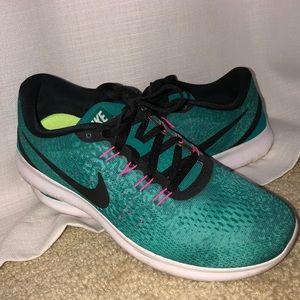 Women's Nike Free Runs